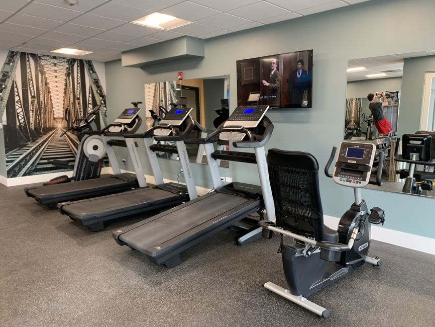 burlington-station-24-hour-fitness-center.jpg