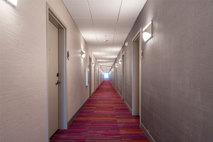 Home2 Suites - Fishers, IN - Hallway