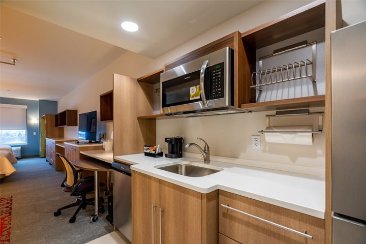 Home2 Suites - Fishers, IN - Kitchen